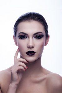 Modne makijaże