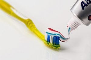 Jak prawidłowo czyścić zęby?