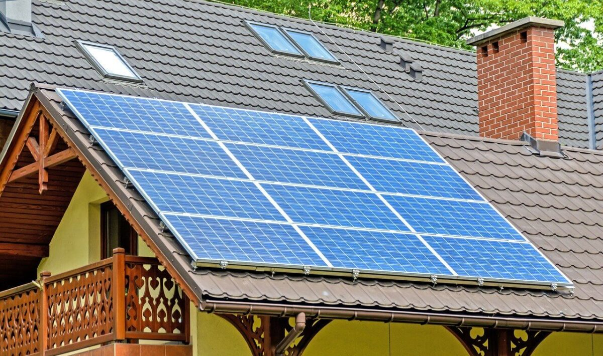 Czym jest i jak działa kolektor słoneczny?